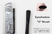 Studio Line Eyeshadow 'C' Brush