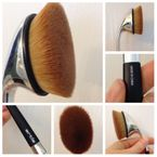 Artis Oval 7 brush