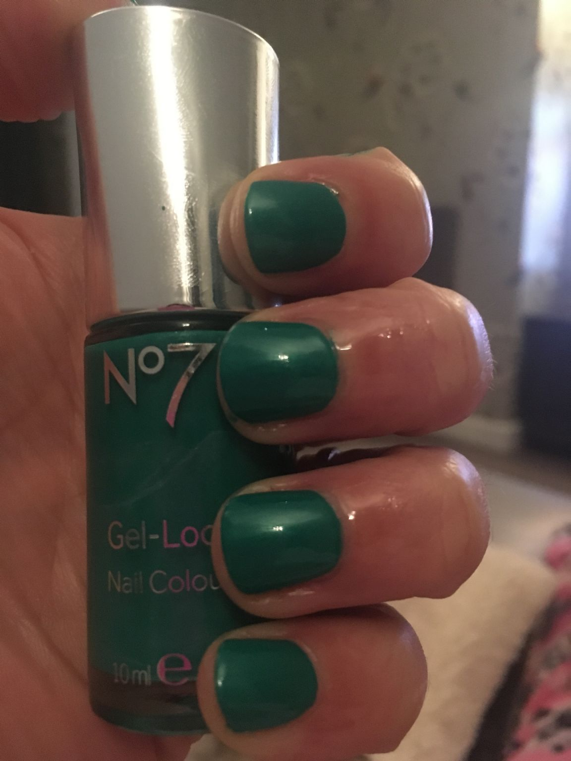 No 7 Gel-Look Shine