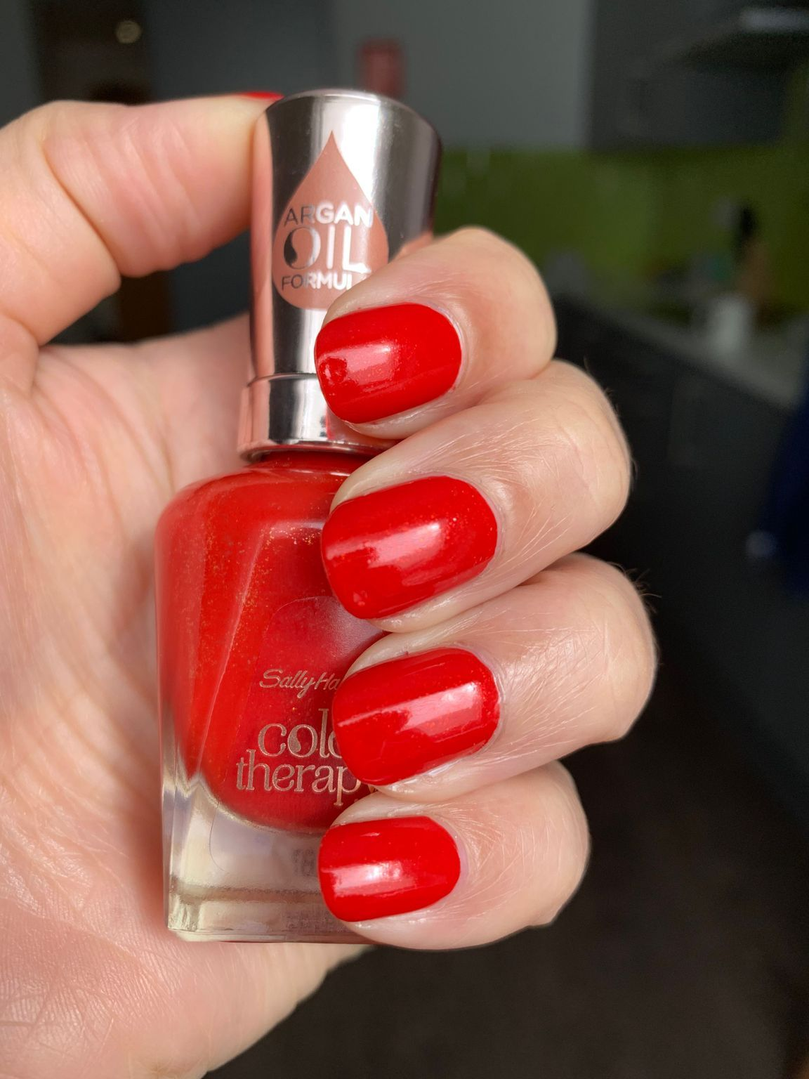 Color Therapy - Red-itation