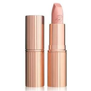 Hot Lips: Kim K.W.