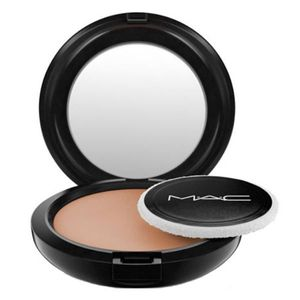 MAC Cosmetics Blot Powder - Medium/Dark