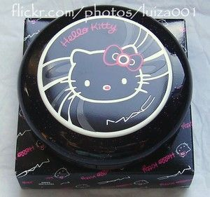 MAC Tahitian Sand Hello Kitty