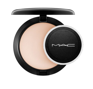MAC Cosmetics Blot Powder - Medium