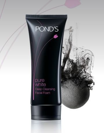 Ponds Pure White Deep Cleansing Facial Foam with Activated Carbon