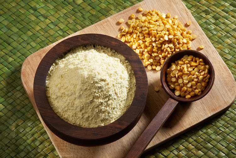 Besan (Chana, yellow Chickpea, Gram) Flour Mask