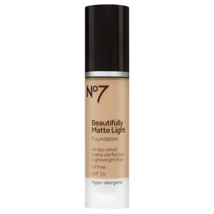 Beautifully Matte Light Foundation
