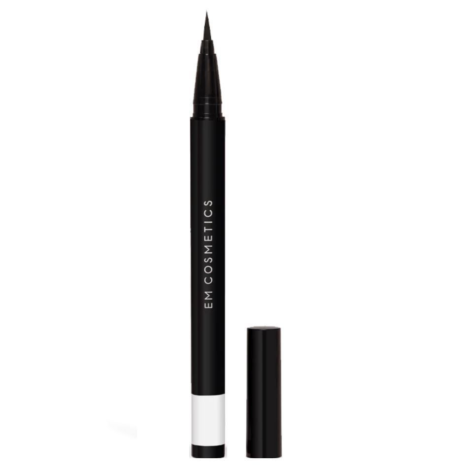 BRUSH TIP / ILLUSTRATIVE EYELINER